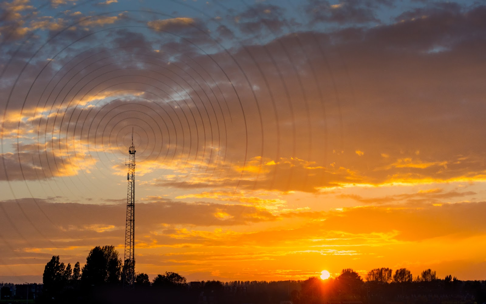How Technology Is Accelerating Wireless Network Rollouts